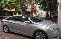 Bán Hyundai Sonata đời 2010, màu bạc chính chủ giá 550 triệu tại Hà Nội