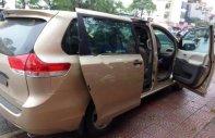 Bán Toyota Sienna LE sản xuất 2010, màu vàng, nhập khẩu nguyên chiếc giá 1 tỷ 360 tr tại Tp.HCM