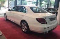 Cần bán xe Mercedes E250 năm sản xuất 2017, màu trắng như mới giá 1 tỷ 330 tr tại Hà Nội