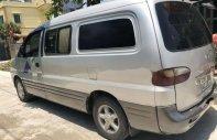 Cần bán gấp Hyundai Starex 2004, màu bạc giá 175 triệu tại Hà Nội