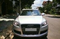Cần bán chiếc Audi Q7 AT màu xám bạc sx 2009 đẹp full nóc giá 695 triệu tại Tp.HCM