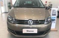 Cần bán Volkswagen Sharan 2.0 TSI đời 2018, màu vàng, xe nhập giá 1 tỷ 850 tr tại Tp.HCM