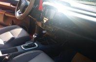 Bán Toyota Hilux 2016, màu đỏ, nhập khẩu nguyên chiếc giá 760 triệu tại Nghệ An