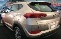Bán xe Hyundai Tucson 2.0 AT 2WD năm 2018, màu ghi vàng  giá 770 triệu tại Tp.HCM