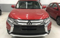 Bán Mitsubishi Outlander 2.0 Premium đời 2018, màu đỏ, giá chỉ 910 triệu giá 910 triệu tại Hà Nội