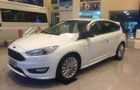 Bán xe Ford Focus đời 2018, màu trắng, giá tốt giá Giá thỏa thuận tại Tp.HCM