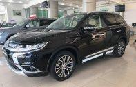 Bán Mitsubishi 2.0 CVT Premium đời 2018, giá tốt giá 910 triệu tại Hà Nội