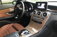 Bán Mercedes GLC 2.0 4matic năm sản xuất 2017, màu đen giá 1 tỷ 850 tr tại Tp.HCM