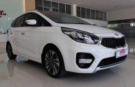 Cần bán Kia Rondo bản GAT năm sản xuất 2017, màu trắng giá 725 triệu tại Tp.HCM