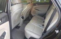 Bán Hyundai Tucson 2.0 AT đời 2016, màu đen giá 870 triệu tại Hà Nội