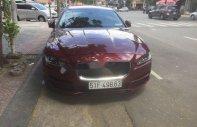Cần bán lại xe Jaguar XE đời 2015, màu đỏ, xe nhập giá 1 tỷ 550 tr tại Tp.HCM