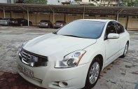 Bán ô tô Nissan Altima sản xuất 2010, màu trắng, nhập khẩu giá 650 triệu tại Hà Nội