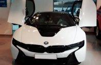 Cần bán lại xe BMW i8 2014, màu trắng, nhập khẩu nguyên chiếc giá 3 tỷ 780 tr tại Tp.HCM
