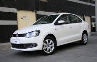 Bán xe Volkswagen Polo Sedan 5 chỗ, nhập khẩu nguyên chiếc chính hãng mới 100%, hỗ trợ vay 80%. LH ngay 0933 365 188 giá 699 triệu tại Tp.HCM