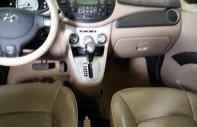 Cần bán gấp Hyundai i10 AT đời 2010, màu bạc, xe đẹp, đang sử dụng tốt giá 228 triệu tại Bình Dương