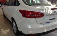 Bán Ford Focus năm sản xuất 2018, màu trắng giá 570 triệu tại Tp.HCM