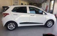 Cần bán lại xe Hyundai Grand i10 đời 2015, màu trắng chính chủ giá 395 triệu tại Tp.HCM