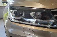Bán Volkswagen Touareg vàng cát, có sẵn - liên hệ ngay để có giá tốt nhất 0968028344 giá 2 tỷ 499 tr tại Hòa Bình