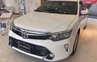 Cần bán Toyota Camry 2.5Q năm sản xuất 2018, màu trắng giá 1 tỷ 310 tr tại Hà Nội