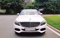 Bán Mercedes AT năm 2017, màu trắng số tự động giá 1 tỷ 630 tr tại Hà Nội