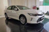 Bán Toyota Camry 2.0 sản xuất năm 2018, màu trắng giá 980 triệu tại Tp.HCM