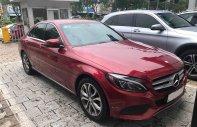 Bán xe Mercedes C200 Đỏ 2018 chính hãng. Trả trước 450 triệu nhận xe giá 1 tỷ 450 tr tại Tp.HCM
