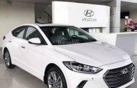 Bán xe Hyundai Elantra đời 2018, màu trắng mới 100% giá cạnh tranh giá 555 triệu tại Tp.HCM