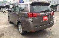 Chính chủ bán Toyota Innova E sản xuất năm 2016, màu xám giá 705 triệu tại Hà Nội