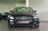 Bán Mercedes-Benz C200 màu đen/kem 2018, xe mới ưu đãi cực cao giá 1 tỷ 460 tr tại Tp.HCM