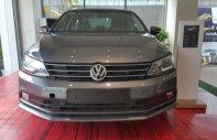 Bán Volkswagen Jetta 1.4 AT sản xuất năm 2016, màu xám, giá tốt  giá 899 triệu tại TT - Huế