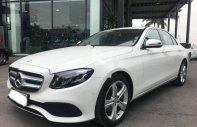 Cần bán xe Mercedes E250 2016, màu trắng giá 2 tỷ 50 tr tại Hà Nội