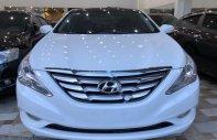 Xe Hyundai Sonata 2.0 AT đời 2011, màu trắng  giá 590 triệu tại Khánh Hòa