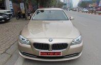 Bán xe BMW 5 Series 520i 2012, màu vàng cát giá 1 tỷ 135 tr tại Hà Nội