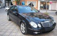 Cần bán gấp Mercedes E200 đời 2007, màu đen chính chủ, giá tốt giá 400 triệu tại Hà Nội