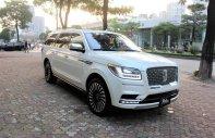 Bán Lincoln Navigator năm sản xuất 2019, màu trắng, nhập khẩu nguyên chiếc giá 8 tỷ 837 tr tại Hà Nội