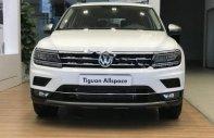 Cần bán xe Volkswagen Tiguan Allspace sản xuất 2018, màu trắng  giá 1 tỷ 690 tr tại Hà Nội