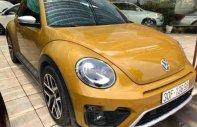 Cần bán Volkswagen Beetle sản xuất 2018, màu vàng, nhập khẩu giá 1 tỷ 400 tr tại Hà Nội