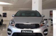 Bán Kia Rondo 2018, trả trước 190 triệu, hỗ trợ vay đến 80% giá trị xe, liên hệ 0979.508.434 gặp Vinh giá 609 triệu tại Tây Ninh