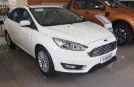 Bán ô tô Ford Focus Titanium 1.5Ecoboost năm 2018, màu trắng giá 710 triệu tại Hà Nội