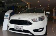 Cần bán Ford Focus 1.5Ecoboost 2018, màu trắng, giá 575tr giá 575 triệu tại Hải Phòng