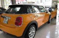 Bán xe Mini Cooper 5Dr sản xuất năm 2014, hai màu, xe nhập giá 1 tỷ 100 tr tại Tp.HCM