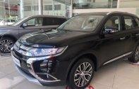 [Hot] Mitsubishi Outlander đời 2018, màu  đen sang trọng, lợi xăng 7L/100km. Cho vay đến 80% giá 808 triệu tại Đà Nẵng