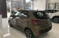 Cần bán Hyundai Grand i10 2018, màu vàng giá tốt giá 374 triệu tại Khánh Hòa