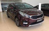 Cần bán Kia Rondo đời 2018, màu đỏ, xe mới 100% giá 669 triệu tại Quảng Ninh