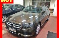 Xe mới chưa lăn bánh Mercedes E250 chính hãng. Trả trước 750 triệu nhận xe ngay giá 2 tỷ 350 tr tại Tp.HCM