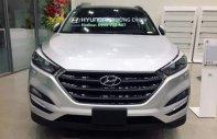 Bán ô tô Hyundai Tucson 2.0 năm 2018, màu bạc, giá chỉ 910 triệu giá 910 triệu tại Tp.HCM