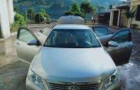 Bán ô tô Toyota Camry 2.0E đời 2013, màu bạc, nhập khẩu nguyên chiếc chính chủ giá 840 triệu tại Kon Tum