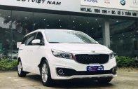 Cần bán lại xe Kia Sedona 3.3 GATH đời 2016, màu trắng giá 1 tỷ 90 tr tại Hà Nội