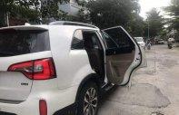 Gia đình bán xe Kia Sorento sản xuất 2016, màu trắng  giá 820 triệu tại Tp.HCM