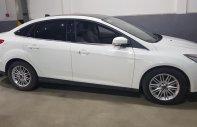 Bán xe Ford Focus Titanium năm sản xuất 2017, màu trắng, giá tốt giá 725 triệu tại Tp.HCM